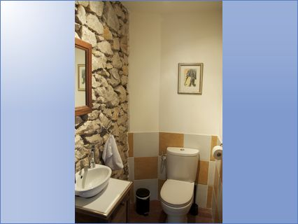 Recent WC installation in Narbonne