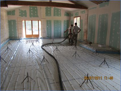 underfloor heating and liquid screed