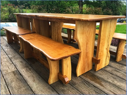 Oak dinning table and bench