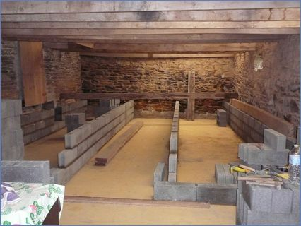 Outbuilding conversion block and beam fl